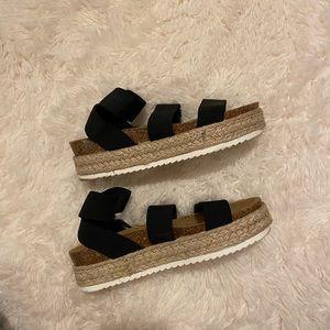 steve madden kimmie sandals